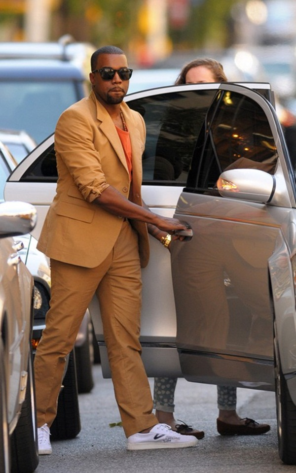 25 10 odevnih kombinacija: Kanye West