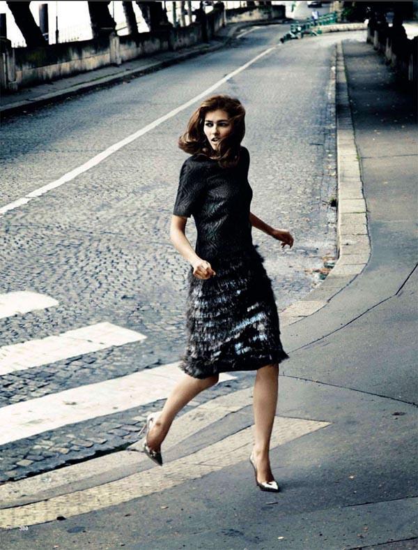 "619 ""Glamour Italia"": Dama u Parizu"
