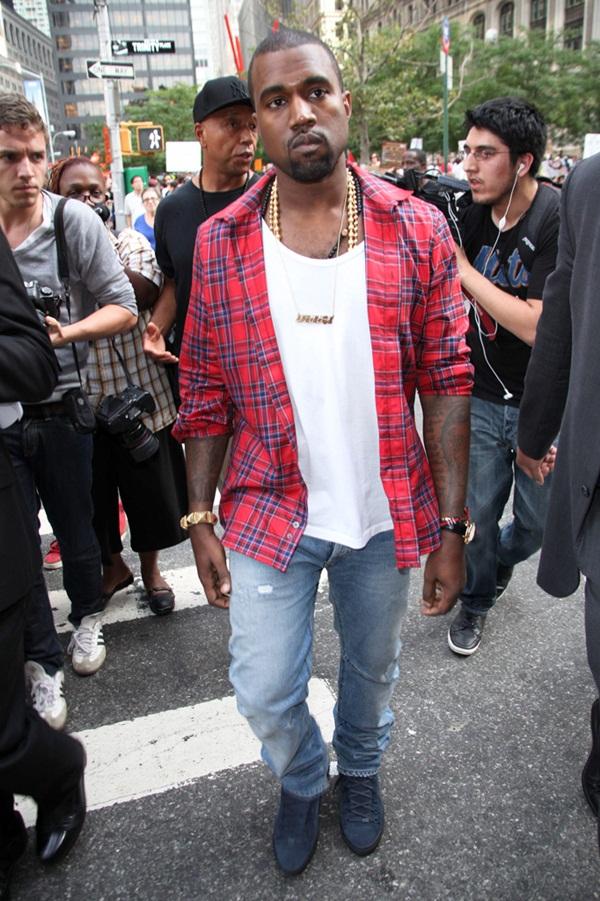 71 10 odevnih kombinacija: Kanye West