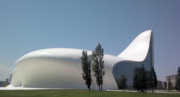 Heydar Aliyev Cultural Center 2 Zaha Hadid: Žena sa čarobnim štapićem