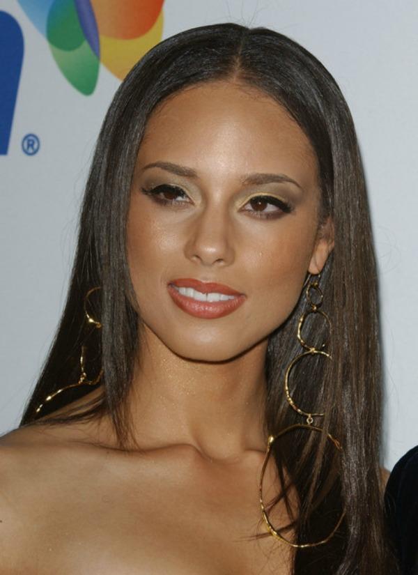 SLIKA 216 Stil šminkanja: Alicia Keys