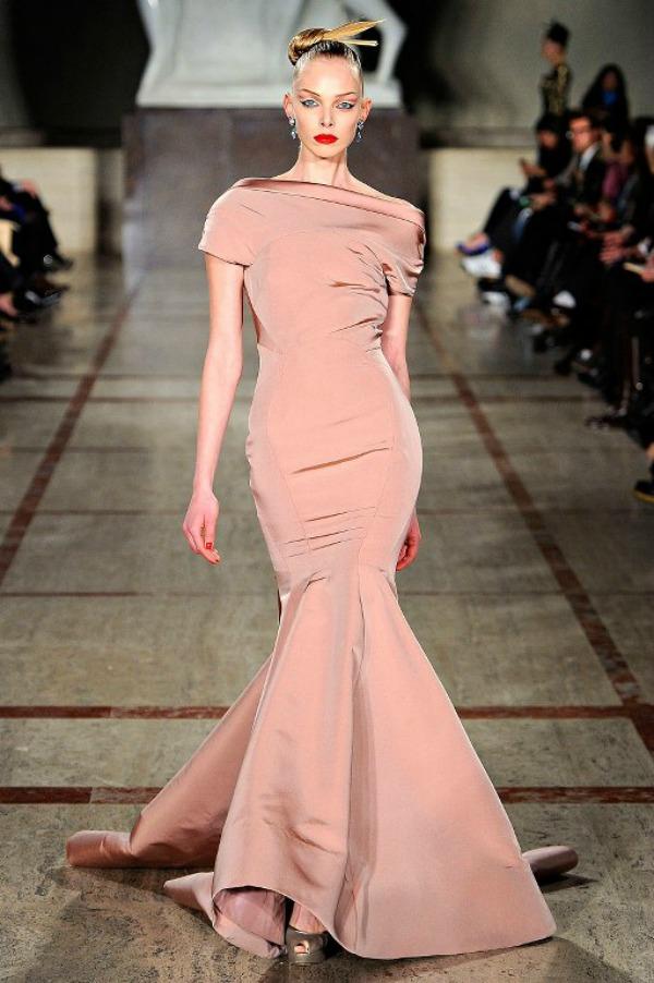 Slika 1114 Deset trendi haljina za hladne dane