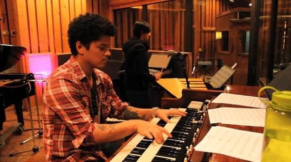 Slika 14 Bruno Mars: Stiže novi album