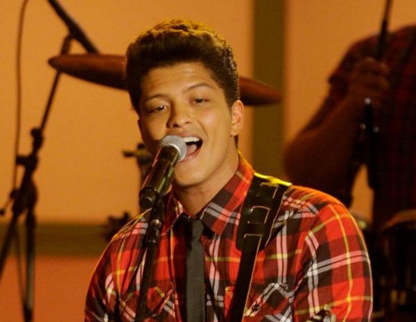 Slika 256 Bruno Mars u novom spotu