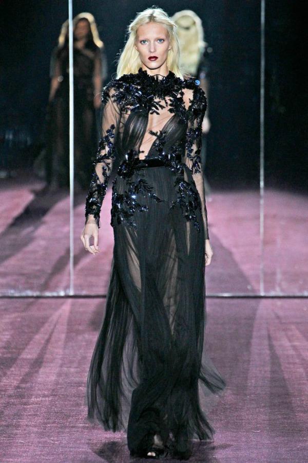 Slika 273 Deset trendi haljina za hladne dane