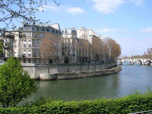 Slika 389 Snimi ovo: Zanimljive činjenice o Parizu