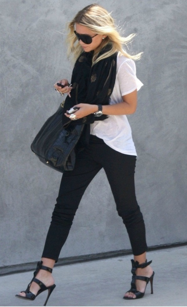 Slika 445 Street Style: Ashley Olsen