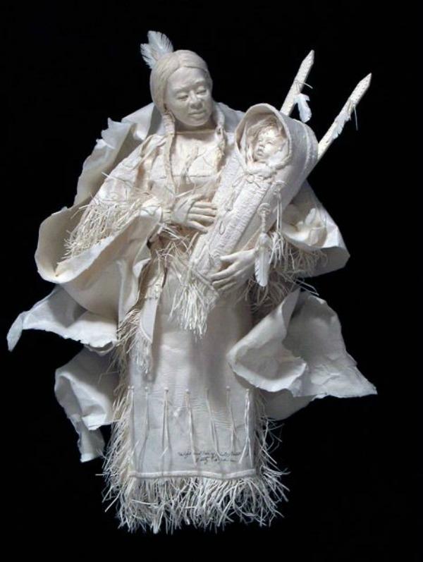 Slika 624 Skulpture od papira