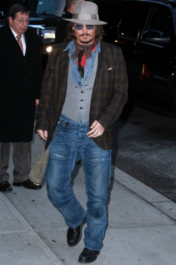 Slika 924 Street Style: Johnny Depp
