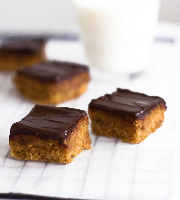karamele021 Kako je nekad bilo: Čokoladne karamele
