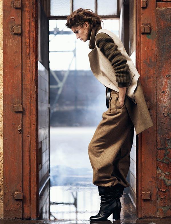 "kendra spears11 ""Vogue Spain"": U militari stilu"