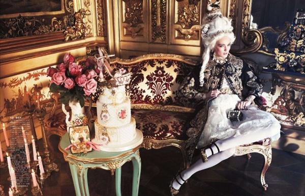 "slika 47 ""Vogue Japan"": Rokenrol Marie Antoinette"