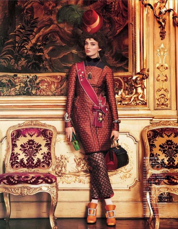 "slika 76 ""Vogue Japan"": Rokenrol Marie Antoinette"