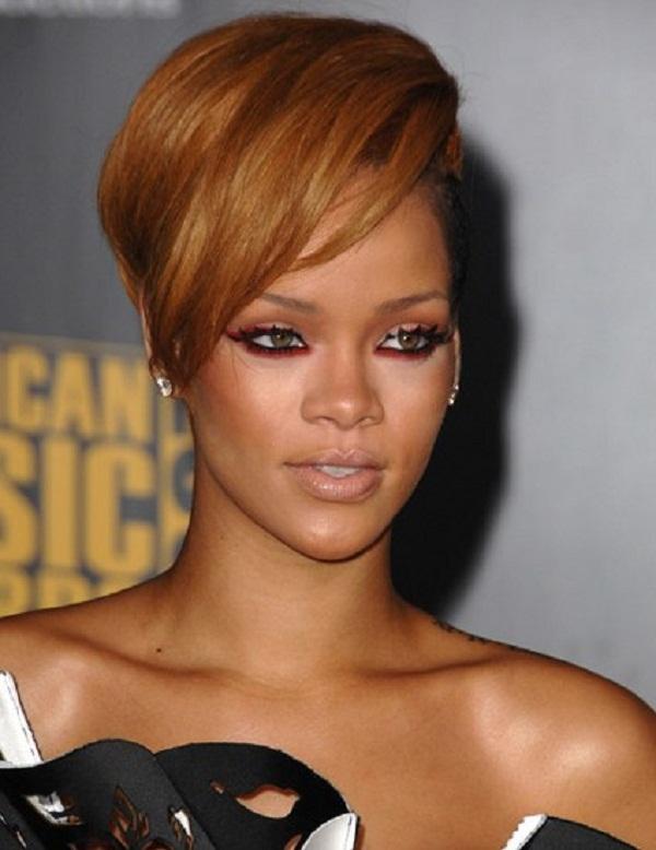 slika 79 Stil šminkanja: Rihanna