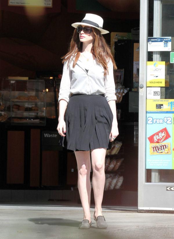 slika5 Street Style: Anne Hathaway