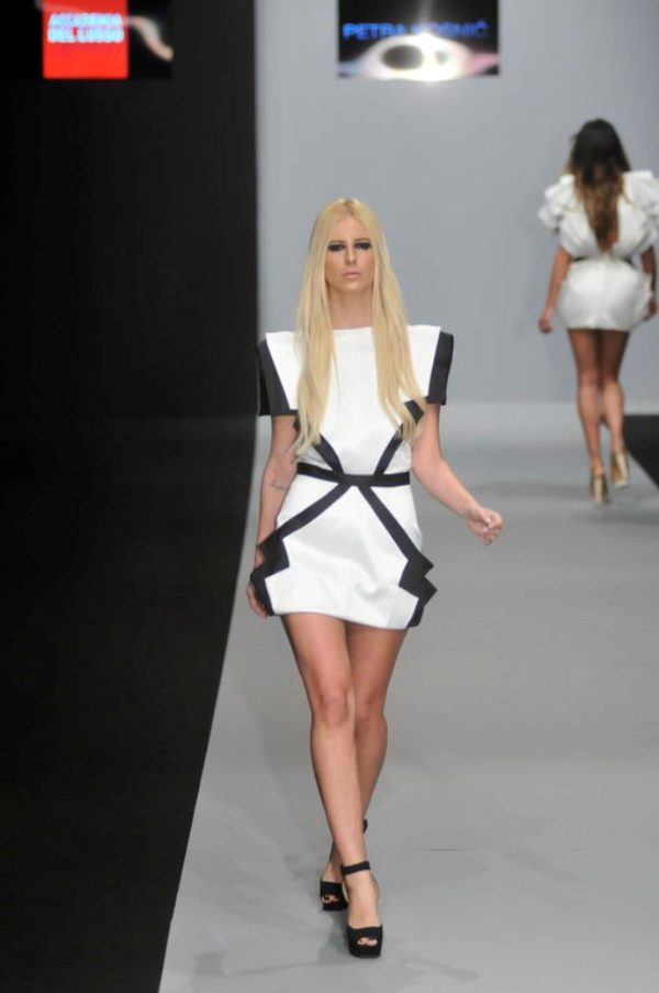 2. 32. Belgrade Fashion Week: Revije diplomaca