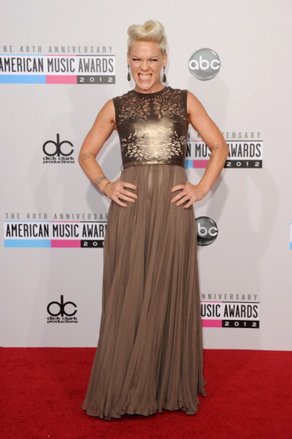 5.11 Fashion Police: American Music Awards 2012