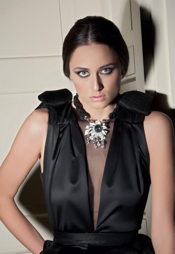 7a Reklamna kampanja Tijane Žunić za sezonu jesen/zima 2012/13.