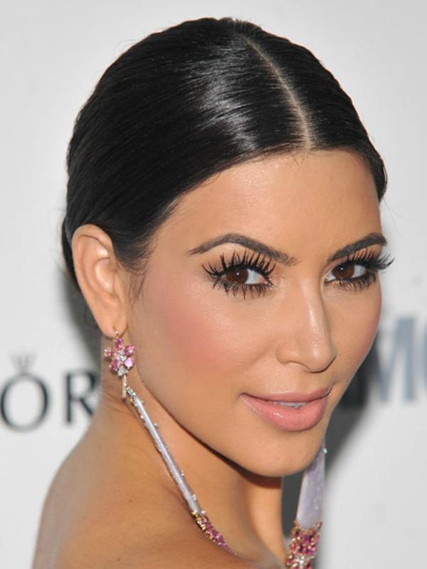 SLIKA 213 Beauty lekcije kojima nas je naučila Kim Kardashian