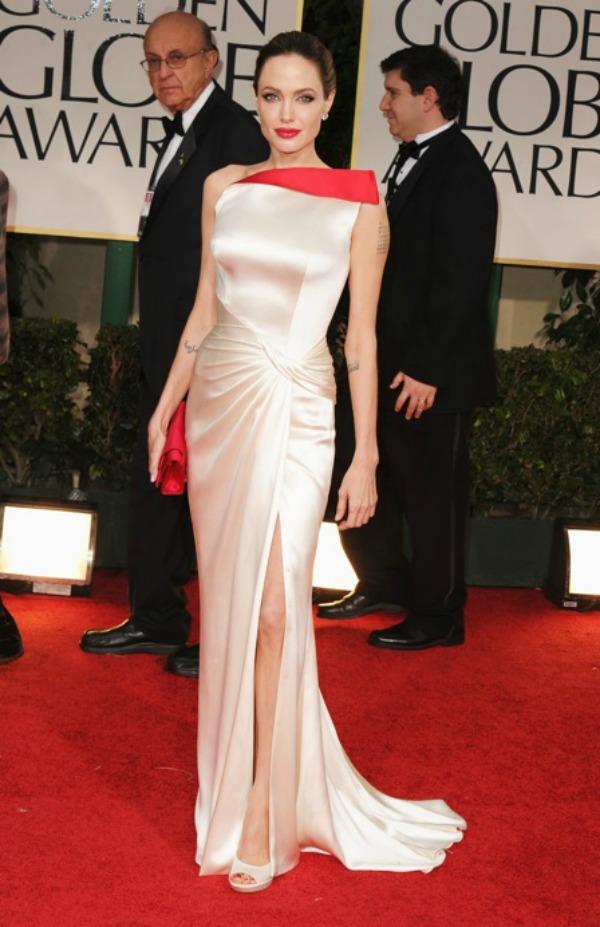 SLIKA 9 10 haljina: Angelina Jolie