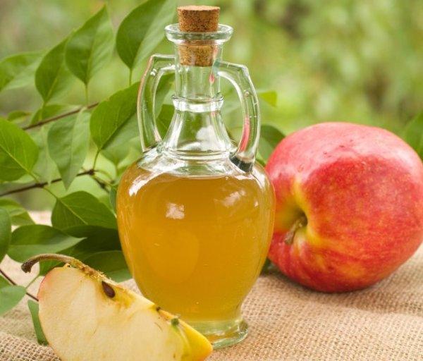 SLIKA114 Sve koristi jabukovog sirćeta