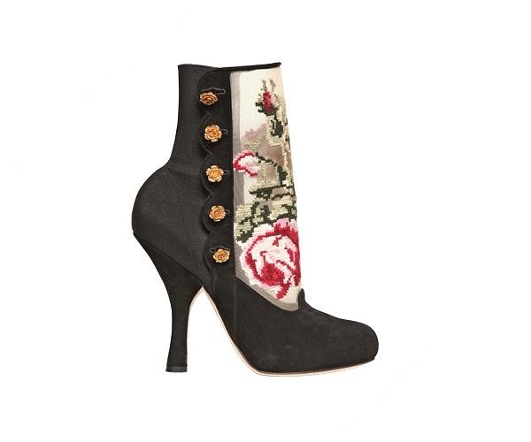 Slika 117 Aksesoar dana: Čizme Dolce & Gabbana
