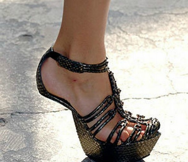 Slika 339 Lude... cipele?