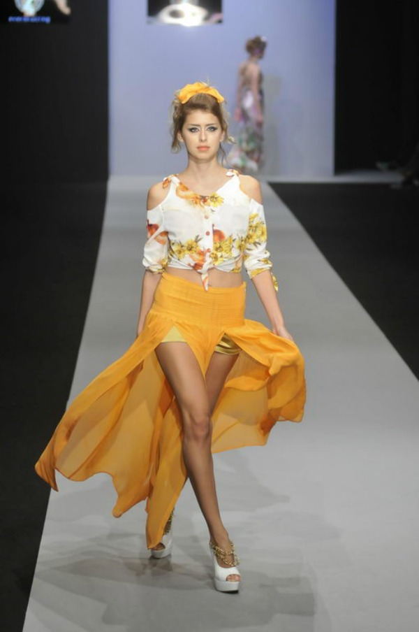 Slika 4 32. Belgrade Fashion Week: Everblazing