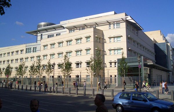 Slika42 Trk na trg: Pariser Platz, Berlin