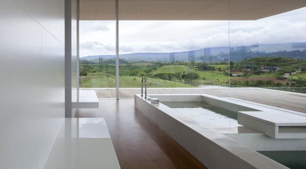 da li biste voleli kupatilo sa ovakvim pogledom Putevima dizajna do najduže kuće na svetu