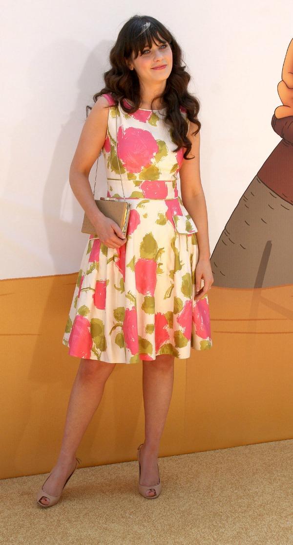 slika 124 10 haljina: Zooey Deschanel
