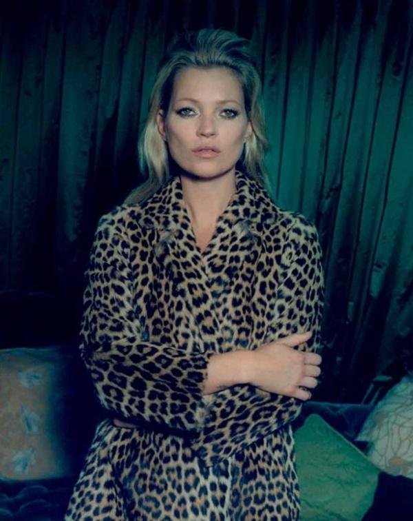 """slika 36 """"Centrefold Magazine"""": Jedna jedina Kate"""
