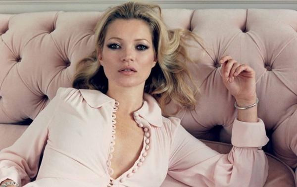 """slika 46 """"Centrefold Magazine"""": Jedna jedina Kate"""