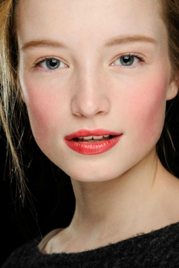 slika 48 Deset stilova šminkanja poznatih dizajnera