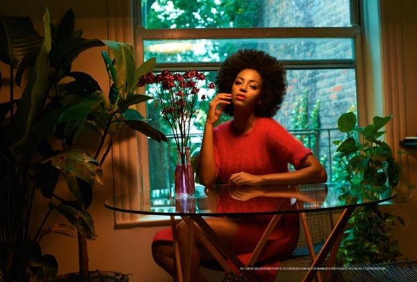 "slika 715 ""Rika Magazine"": Eklektični stil Solange Knowles"