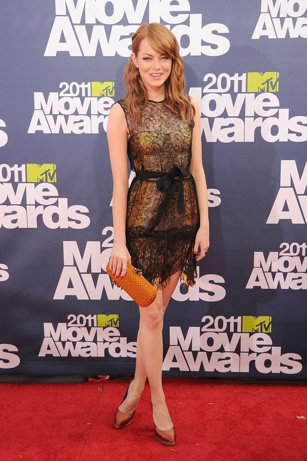 slika416 10 haljina: Emma Stone