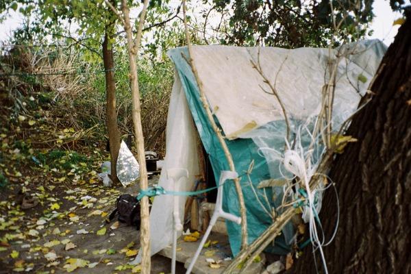 000051 Ulična galerija: Život azilanata na fotografiji