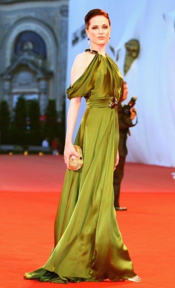 1.3 10 haljina: Evan Rachel Wood