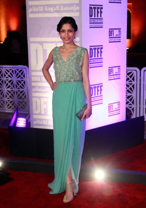 1.4 10 haljina: Freida Pinto