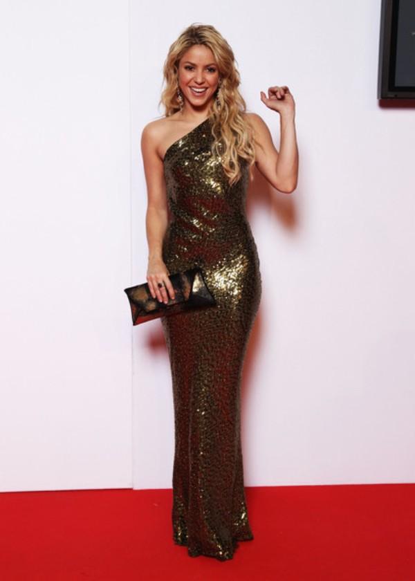 10.10 10 haljina: Shakira