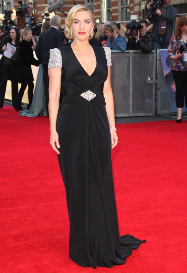 2.17 10 haljina: Kate Winslet