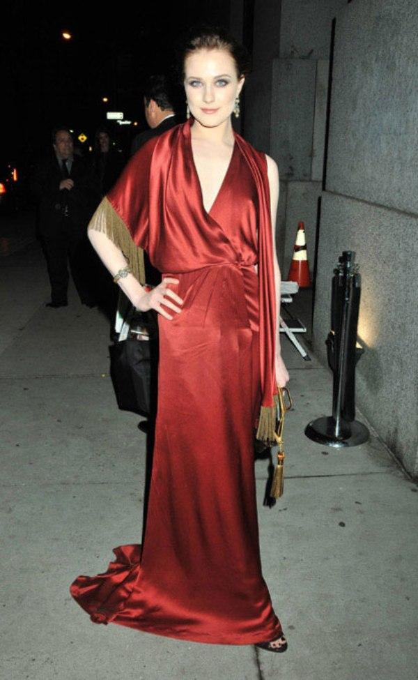 4.4 10 haljina: Evan Rachel Wood
