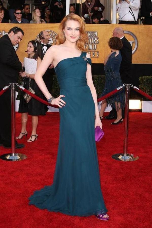 6.3 10 haljina: Evan Rachel Wood