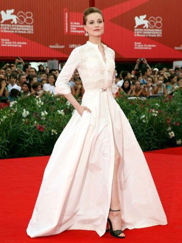 7.3 10 haljina: Evan Rachel Wood