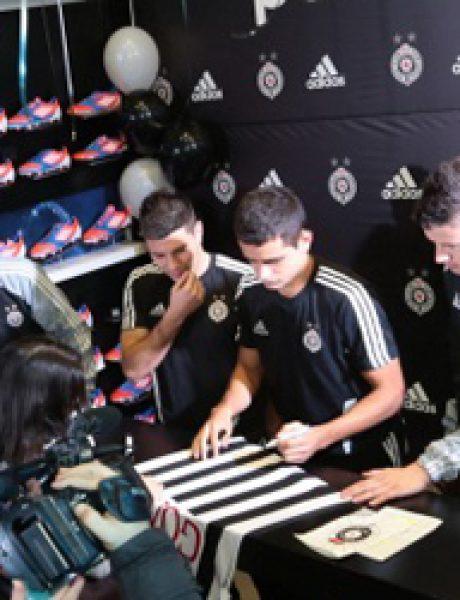 Adidas okupio fanove i igrače Partizana