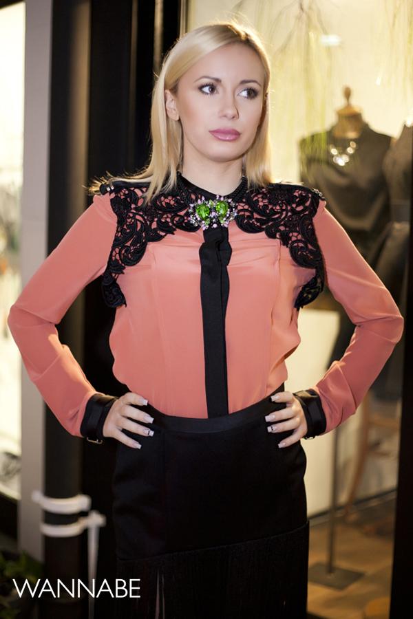 IMG 6244 Novogodišnji modni predlog Ines Klare: Čipka i rese