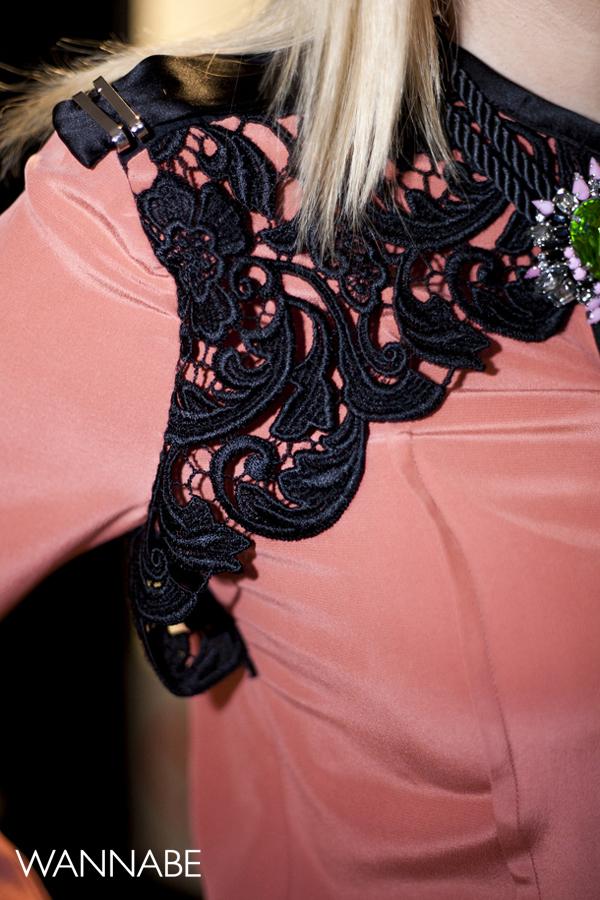 IMG 6253 Novogodišnji modni predlog Ines Klare: Čipka i rese