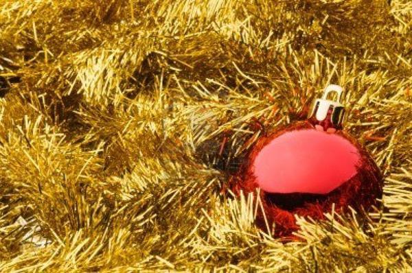 Slika 1212 Ko je maznuo novogodišnju jelku?