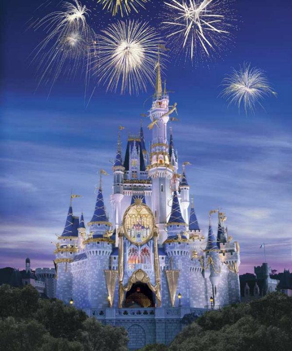 Slika 198 Novogodišnji sjaj najlepših tematskih parkova