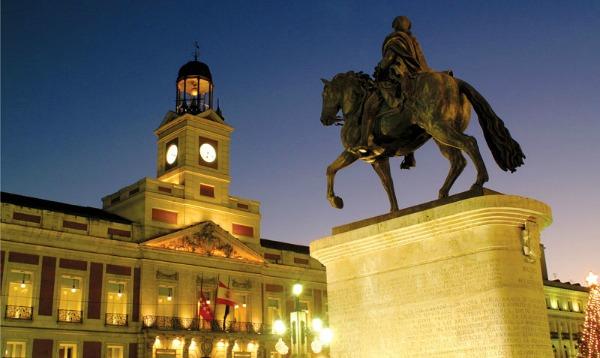 Slika 67 Trk na trg: Puerta del Sol, Madrid